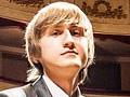 Пианист Дмитрий Маслеев